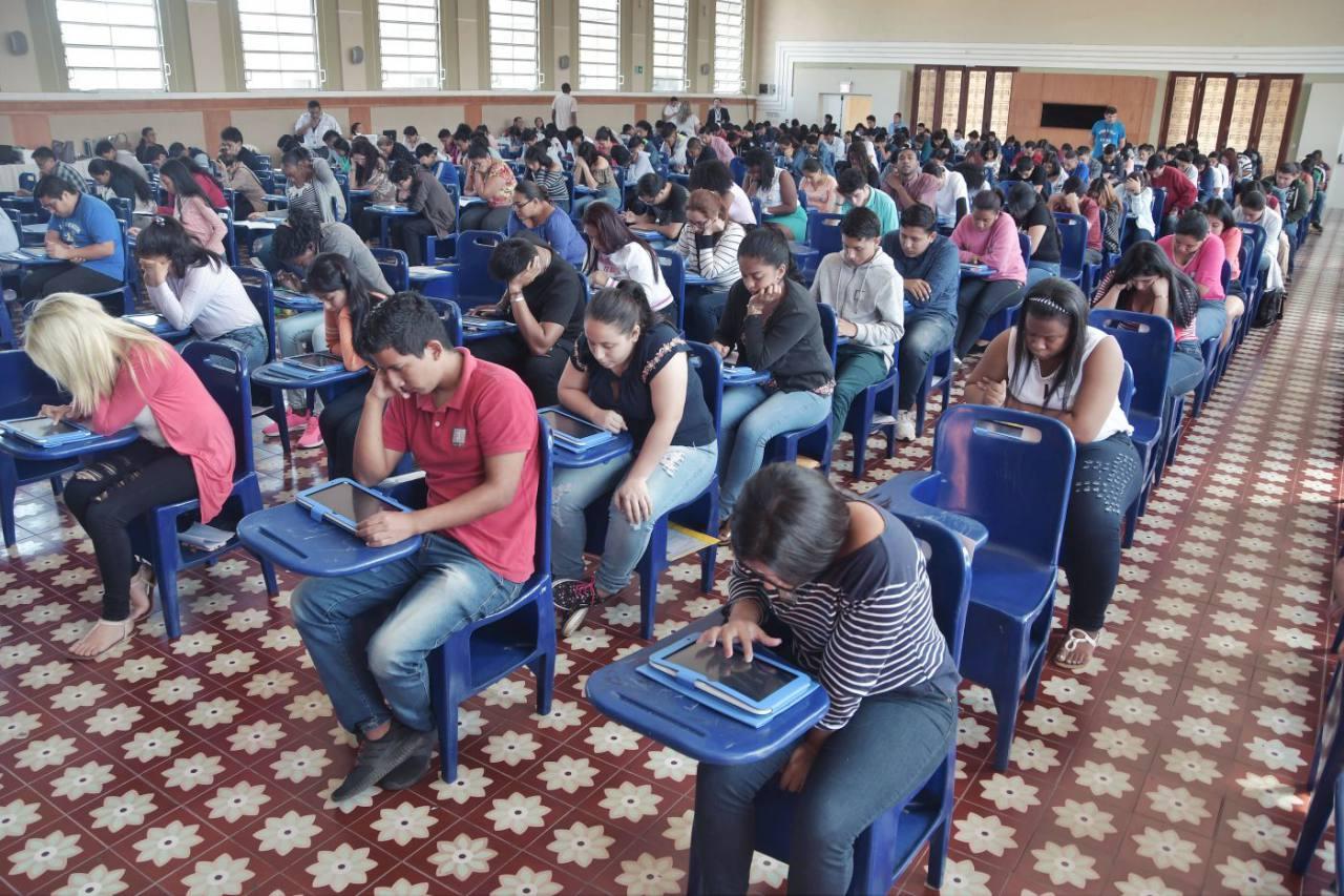 Análisis sobre el tema de la crisis de la Educación Superior en Ecuador