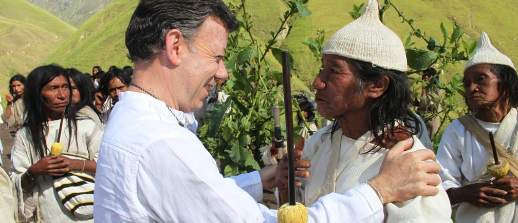 El ex presidente de Colombia dice que COVID-19 muestra la importancia de escuchar a los pueblos indígenas sobre cómo tratamos al planeta